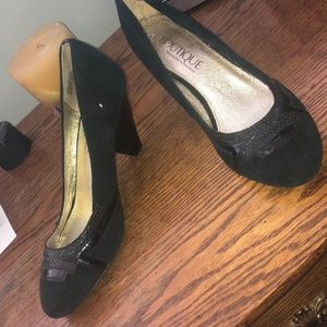 SE Boutique by Sam Edelman Designs Shoes - SE Boutique suede heels